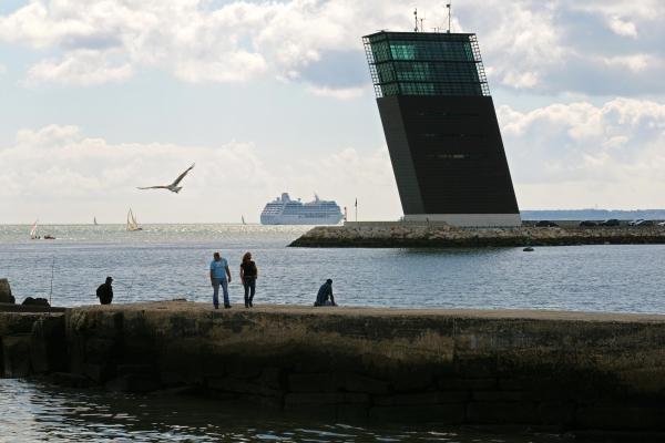 Xavier testelin photographe portfolios et stock architecture lisbonne la capitainerie - Port de cannes capitainerie ...